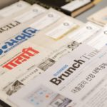 zdjęcie gazet w różnych językach
